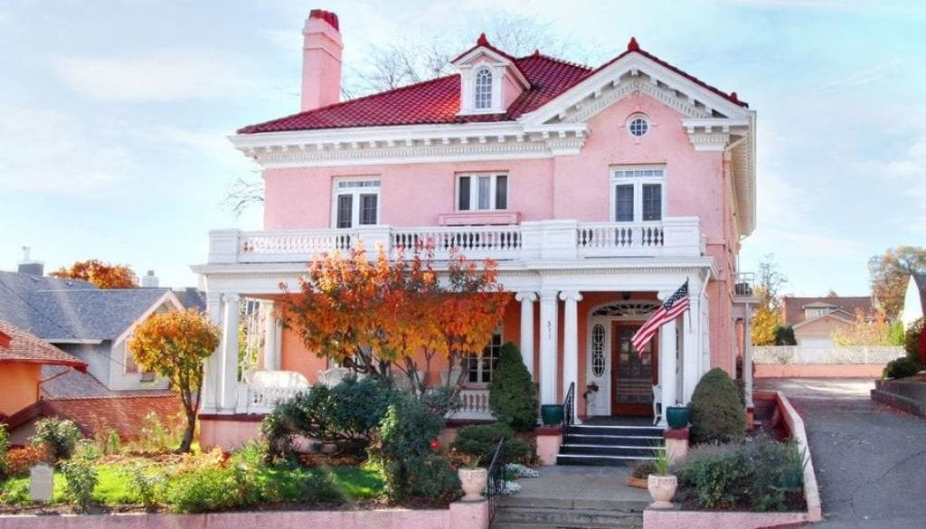 Pendleton House Exterior