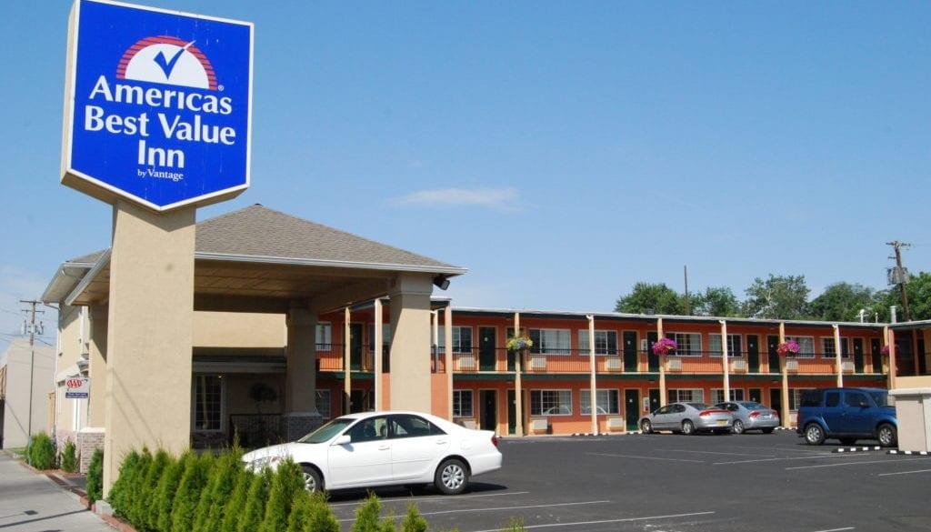 Americas Best Value Inn (2)