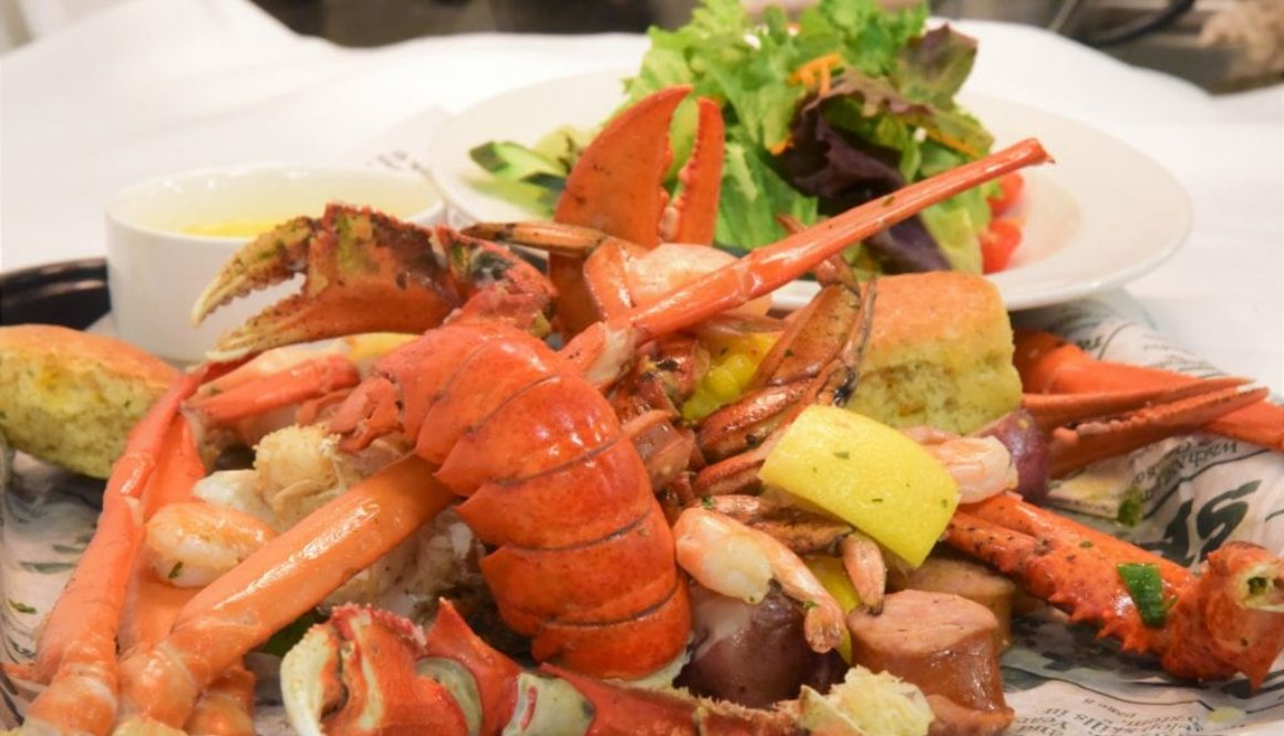 Traditions seafood boil
